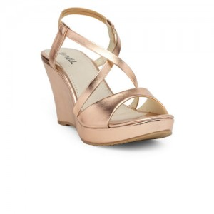 Nell Women Rose Solid Sandals