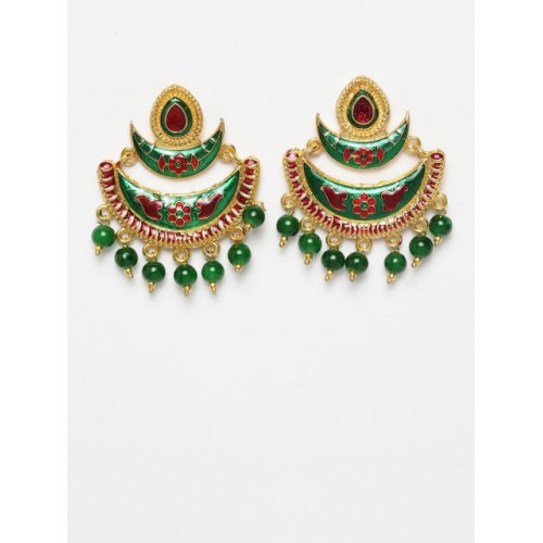 Moedbuille Green & Gold-Toned Crescent Shaped Chandbalis