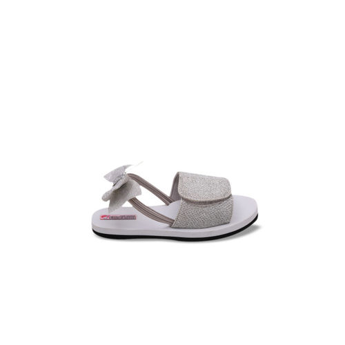 DChica Girls Silver-Toned Woven Design Synthetic Open Toe Flip-Flops