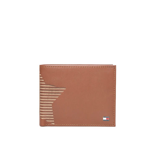 Tommy Hilfiger Men Brown Leather Textured Detail Two Fold Wallet