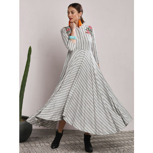 Sangria Women White Striped A-Line Dress
