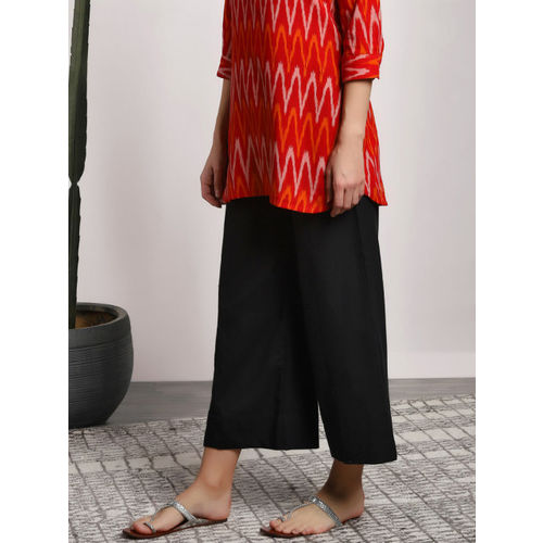 Sangria Women Black Solid Straight CroppedPalazzo