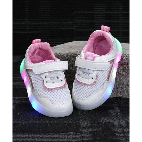 Kidlingss White & Pink Velcro Straps Shoes