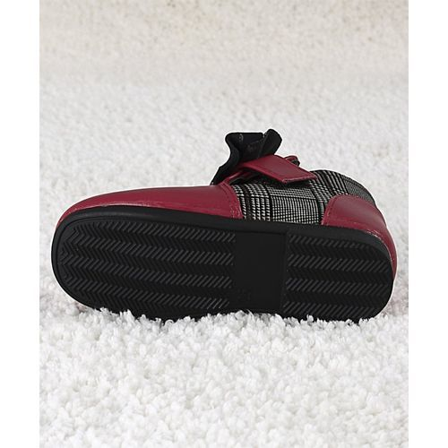Kidlingss Maroon Bow Applique Boots