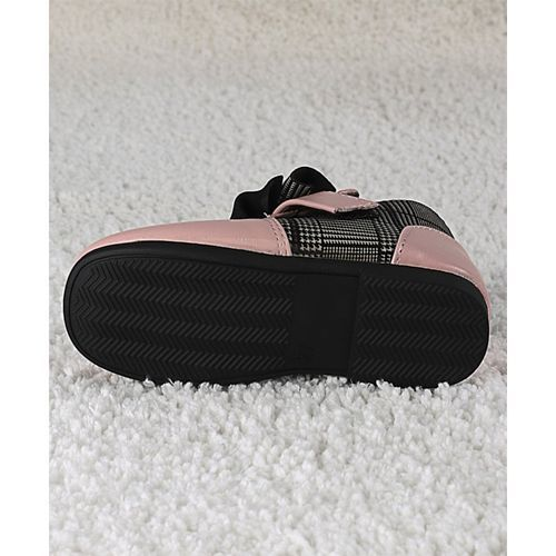 Kidlingss Pink Bow Applique Boots