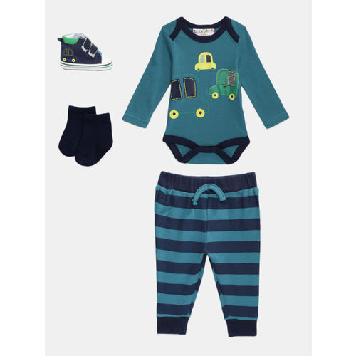 Lily & Jack Boys Multicoloured Printed Clothing Set With Sneakers