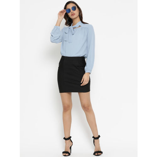Kazo Women Black Solid Pencil Mini Skirt