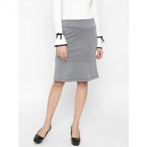 156ee1a37e Buy Marks & Spencer Women Black Solid Midi Pencil Velvet Skirt ...