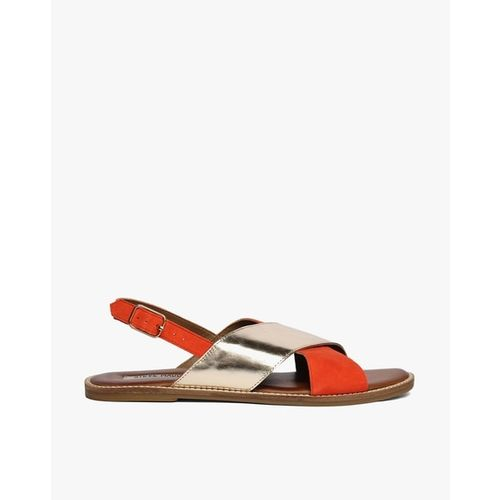 STEVE MADDEN Genuine Leather Flat Sandals with Criss-Cross Straps