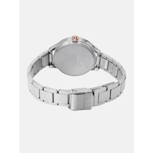 Fastrack Women Silver-Toned Analogue Watch NK6132KM01