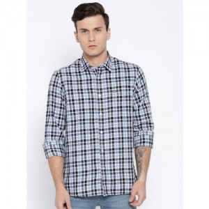 Arrow Sport Men White & Blue Slim Fit Checked Casual Shirt