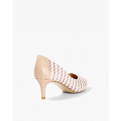 AJIO Textured Panelled Pointed-Toe Pumps
