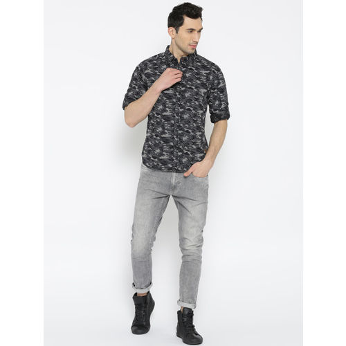 Roadster Men Black & Grey Regular Fit Printed Casual Shirt