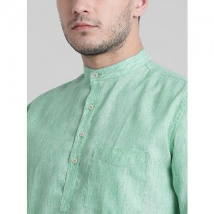 91a30ae7433a Being Fab Men Green Regular Fit Solid Roll-Up Sleeves Casual Shirt