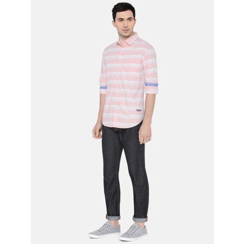 LOCOMOTIVE Men Pink & White Slim Fit Striped Casual Shirt
