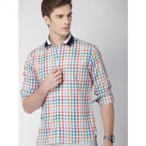 bed5bdb7171 INVICTUS Men Multicoloured Slim Fit Checked Casual Shirt