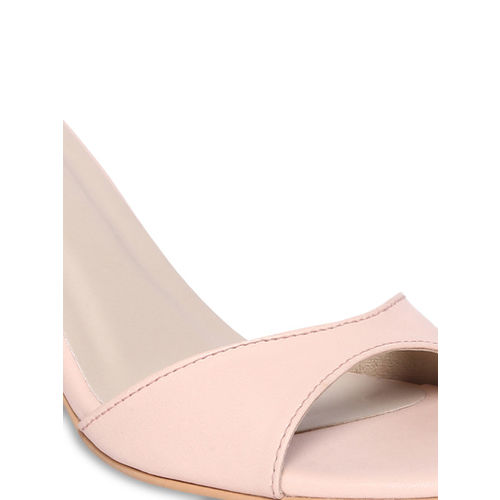 Monrow Women Pink Solid Sandals