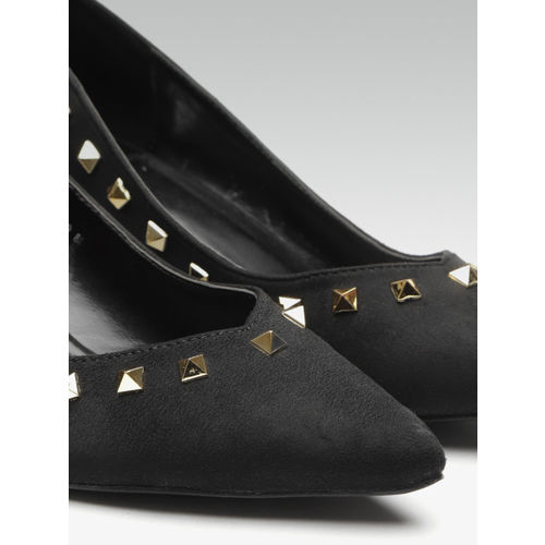 Carlton London Women Black Solid Studded Pumps