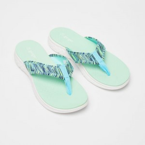 Ginger by lifestyle Blue Rubber Slip-on Flat Flip Flops