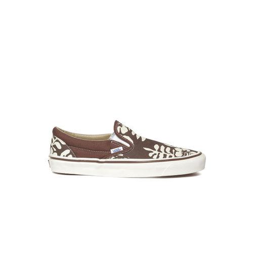 6f8e902762 Buy Vans Unisex Brown Printed Slip-On Sneakers online