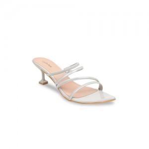 cd9de7700764 Buy Clarks Wave Bright Grey Sandals online