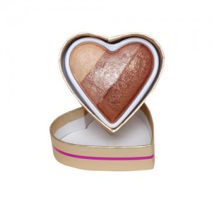 Makeup Revolution London Blushing Hearts Hot Summer of Love Bronzer