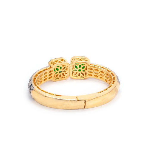 Rubans Gold-Toned & Green Metal Gold-Plated Handcrafted Cuff Bracelet