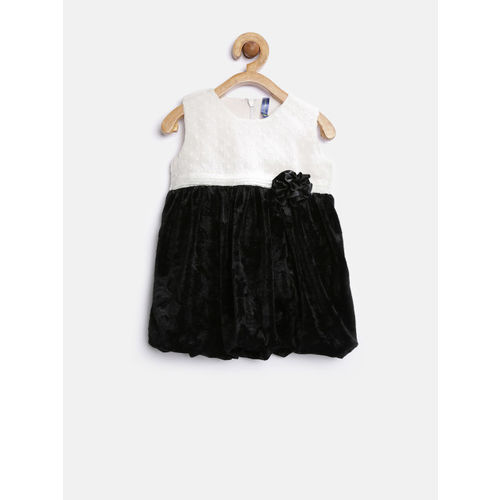 YK Baby Girls Black Colourblocked Fit & Flare Dress