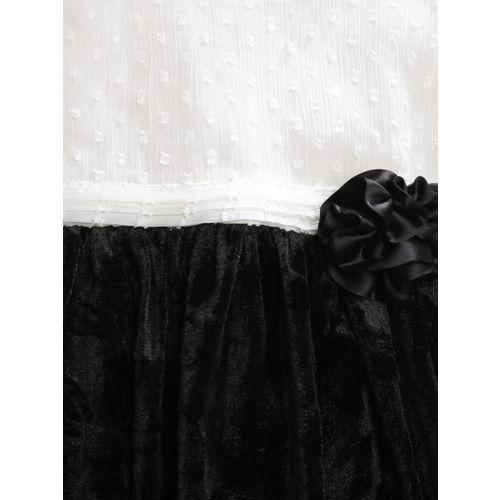 YK Baby Girls Pack of 2 Black & Off-White Dress