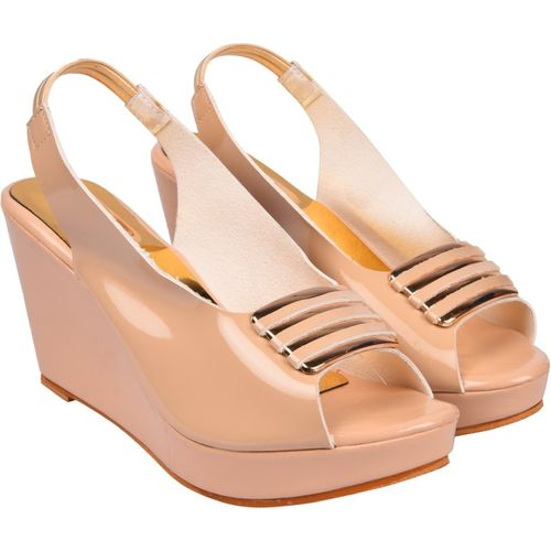 Jade Women Beige Wedges