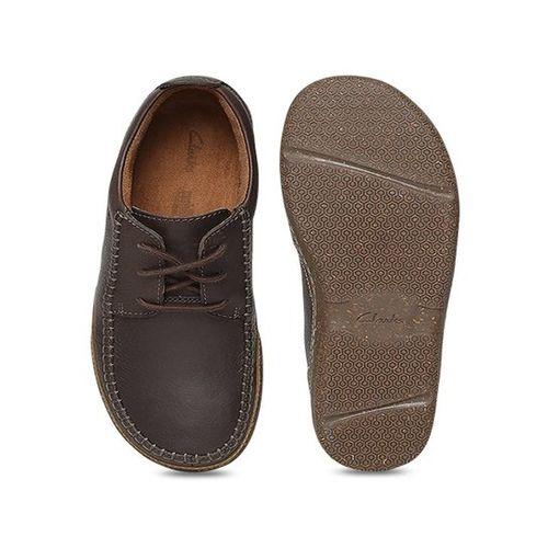 detaillierte Bilder Großbritannien neu kaufen Buy Clarks Trapell Apron Dark Brown Derby Shoes online ...