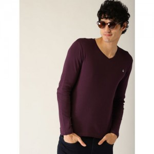 United Colors of Benetton Solid Men V-neck Purple T-Shirt