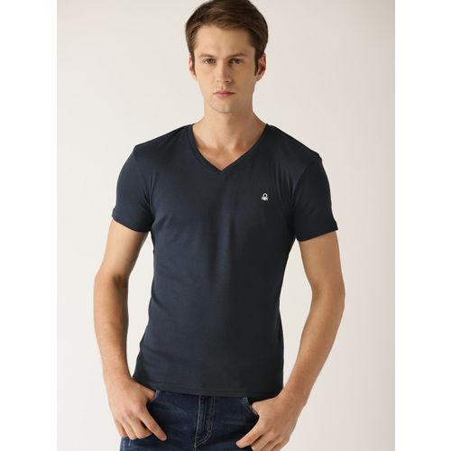 United Colors of Benetton Men Navy Blue Solid V-Neck T-shirt