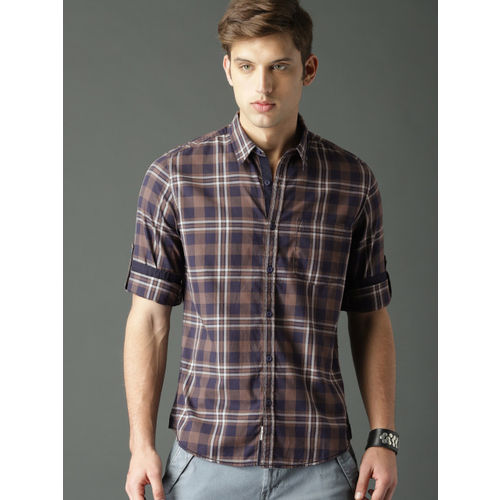 Roadster Men Brown & Navy Blue Checked Casual Shirt