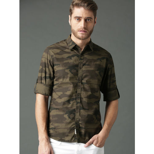 Roadster Men Olive Green Regular Fit Camouflage Print Casual Shirt
