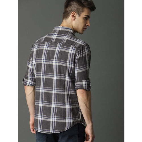 Roadster Men Charcoal Grey & Off-White Regular Fit Checked Casual Shirt