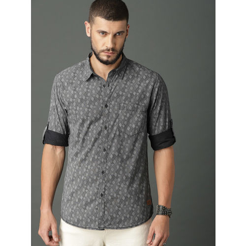 Roadster Men Grey & Black Regular Fit Printed Casual Shirt