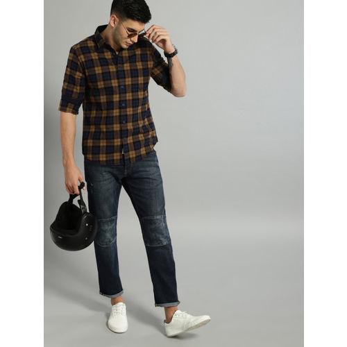 Roadster Men Khaki & Blue Regular Fit Checked Casual Shirt