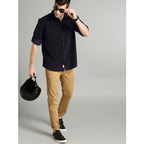 Roadster Men Black Regular Fit Corduroy Casual Shirt