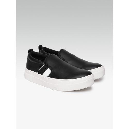 b92cd36aed4 Buy Steve Madden Women Black Slip-On Sneakers online | Looksgud.in