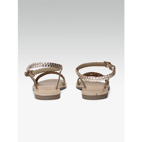 Steve Madden Women Gold-Toned Woven Design Leather Open Toe Flats