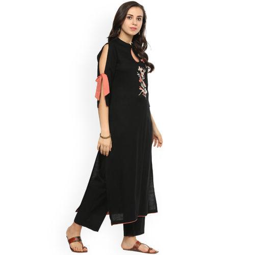 Idalia Black Viscose Embroidered Straight Kurta