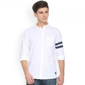 People Men White Slim Fit Solid Casual Shirt