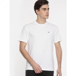 Tommy Hilfiger White Solid Regular Fit Round Neck T-Shirt