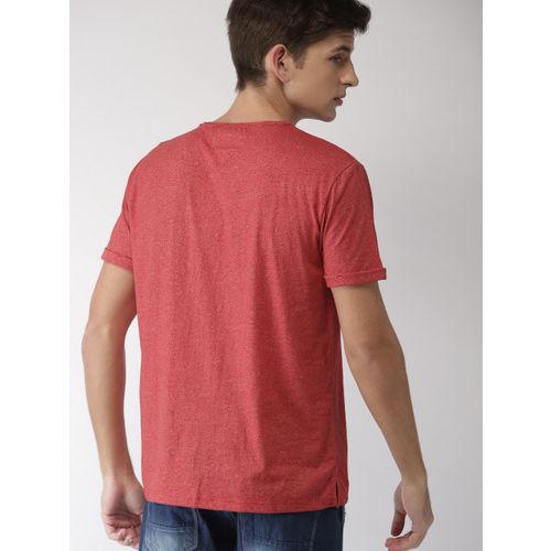 Tommy Hilfiger Men Red Solid Round Neck T-shirt