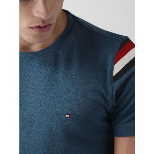 erstklassiges echtes Schnäppchen 2017 schöner Stil Buy Tommy Hilfiger Men Blue Slim Fit Solid Round Neck T ...