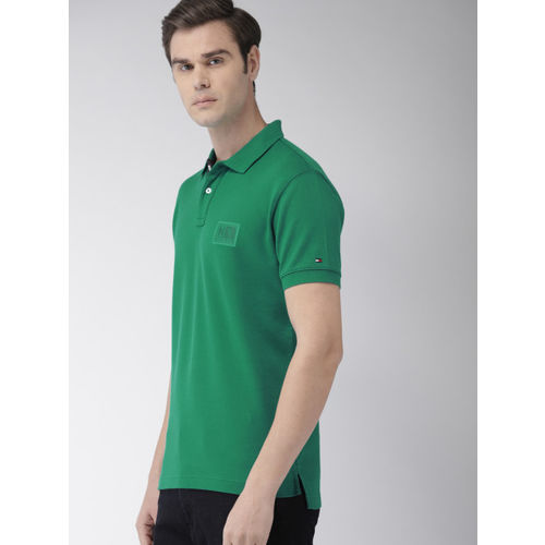 Tommy Hilfiger Men Green Solid Regular Fit Polo Collar T-shirt