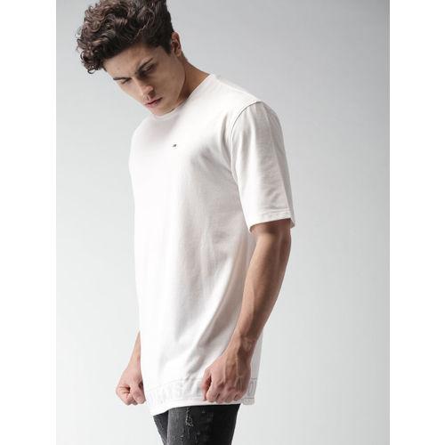 Tommy Hilfiger Men Off-White Solid Round Neck Longline T-shirt