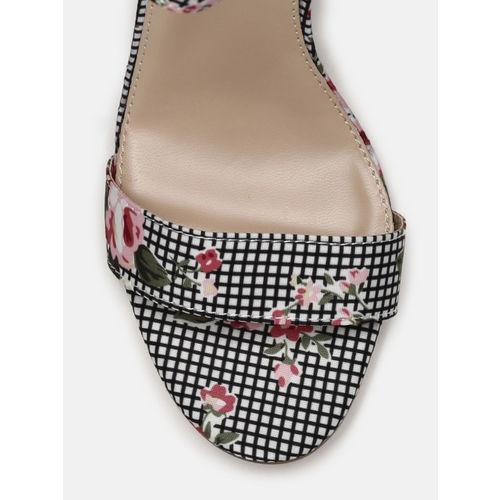 Mast & Harbour Women Black & White Printed Heels