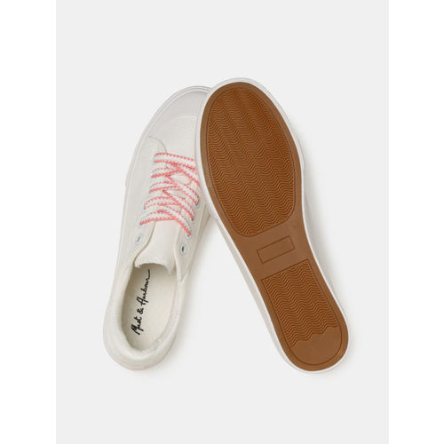 Mast & Harbour Women White & Pink Sneakers